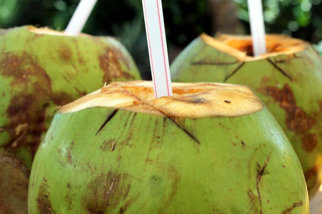 coconut water pixabay